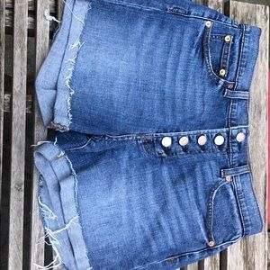 GAP high rise denim shorts with button fly!